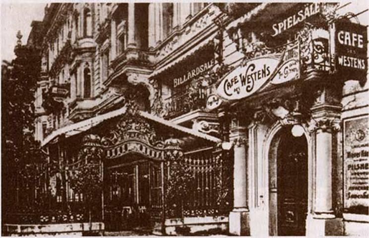 L'entrata del Café des Westens, nell'edificio del Cabaret Größenwahn.