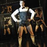 "Will Young , ""Emcee"" di ""Cabaret"" a Londra nel 2012 (Ph. Keith Pattison)"
